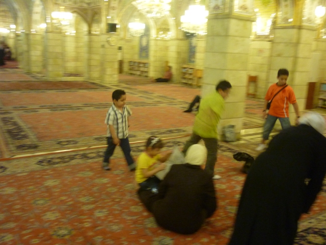 Football and chat in the Umayyad mosque